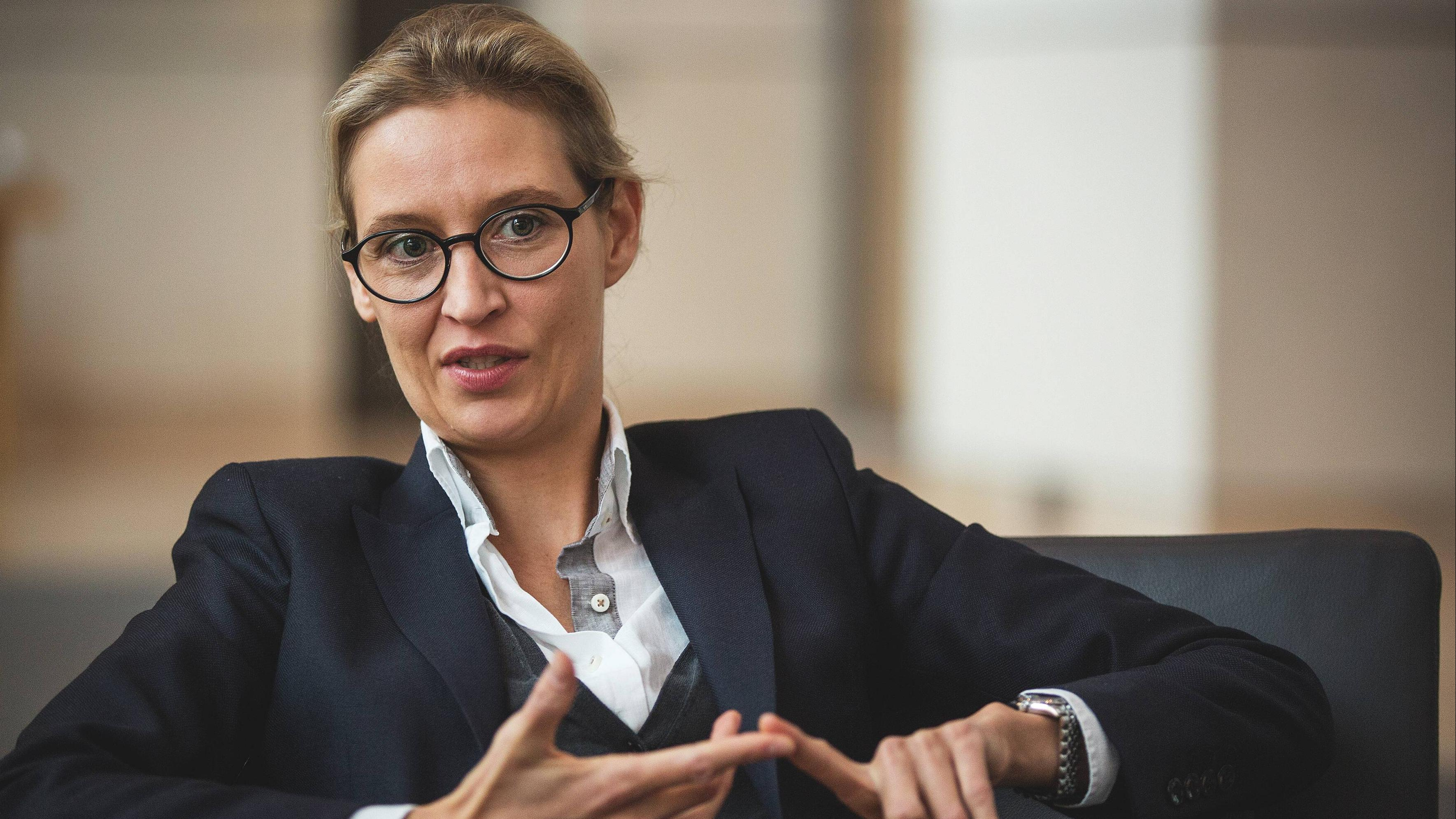 Nackt afd weidel Who is