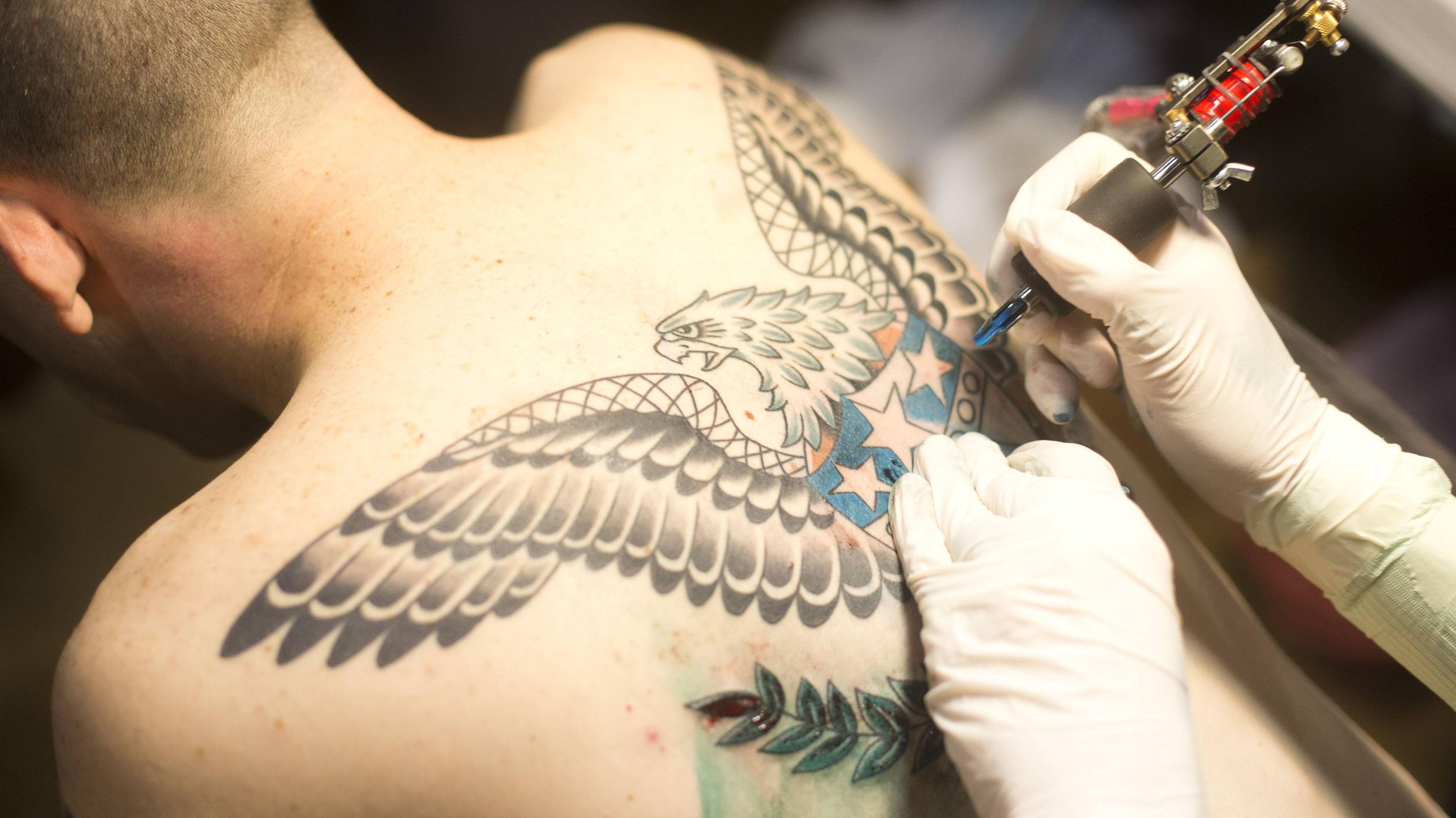 Bedeutung engelsflügel tattoo Engelsflügel tattoo