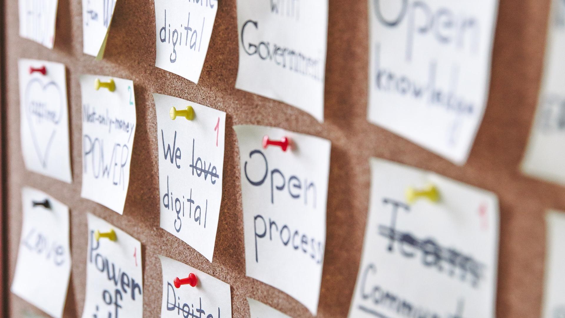 Pinnwand selber machen Mit und ohne Kork   20 kreative DIY Ideen ...